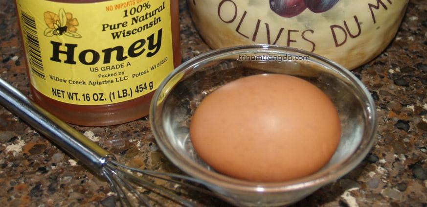 trứng gà và mật ong là loại mặt nạ tự nhiên giúp điều trị nám da khá hiệu quả