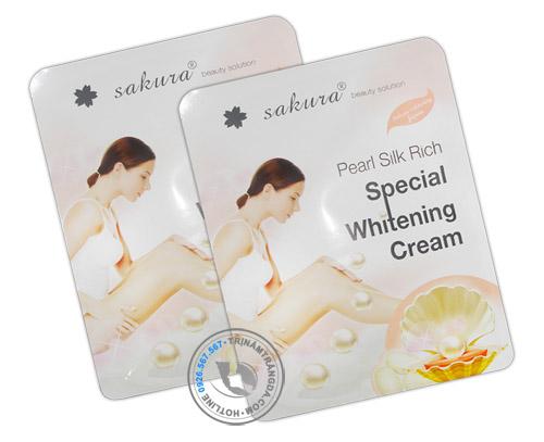 Kem tắm trắng toàn thân ngọc trai tơ tằm sakura 1